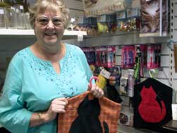 Lynn-with-one-of-the-peg-bags-she-makes-for-us-to-sell
